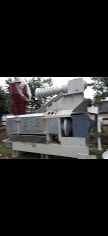 Maquina prensa e extrusora