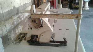 Máquina industrial singer