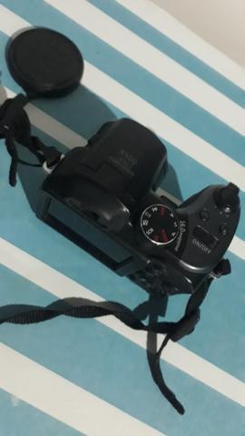 Câmera semiprofissional ge x500