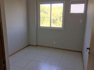 Apartamento com 2 quartos para alugar, 61 m² por r$