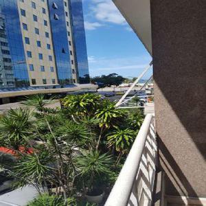 Apartamento com 3 quartos para alugar, 104 m² por r$