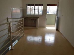 Casa de condomínio com 1 quarto para alugar, 50 m² por r$