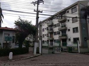 Apartamento com 2 Quartos para Alugar, 53 m² por R$