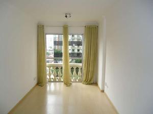 Apartamento com 2 quartos para alugar, 70 m² por r$