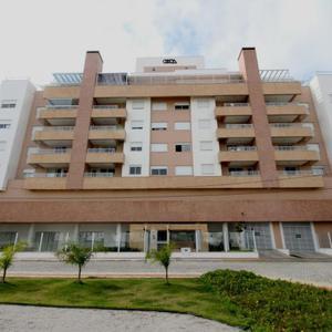 Apartamento com 2 quartos para alugar por r$ 2.000/mês