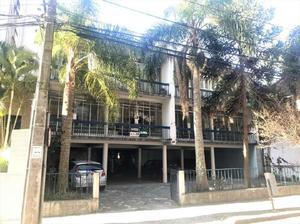 Apartamento com 4 quartos para alugar, 150 m² por r$