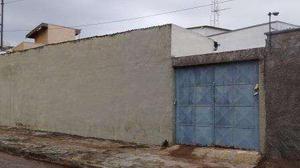 Casa com 1 quarto para alugar, 40 m² por r$ 750/mês
