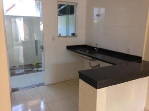 Casa com 2 quartos para alugar, 67 m² por r$ 900/mês