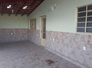 Casa com 2 quartos para alugar, 80 m² por r$ 900/mês