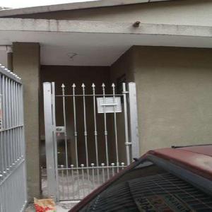 Casa de condomínio com 1 quarto para alugar, 40 m² por r$