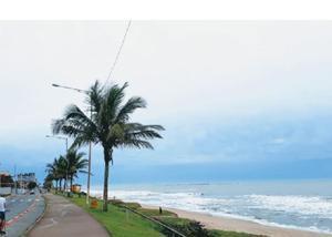 Lindo terreno frente para o mar na praia do tabuleiro