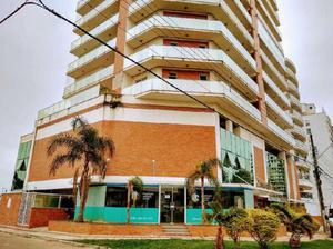 Loja comercial com 4 quartos para alugar, 100 m² por r$