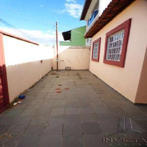 Casa com 3 quartos para alugar, 120 m² por r$ 1.400/mês