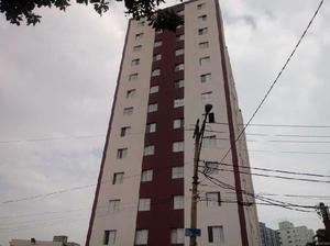 Apartamento com 2 quartos para alugar, 67 m² por r$
