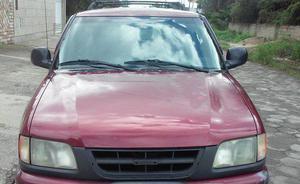 Blazer 2.2 vermelha 1996 em ótimo estado.
