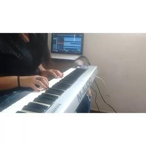 Professora de música online