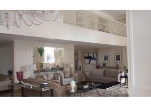 Cobertura triplex de 778,54 m², 5 suítes, 6 vagas rib.