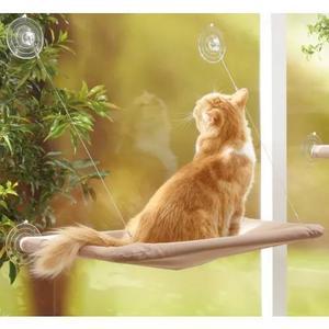 Cama suspensa para gato fixação