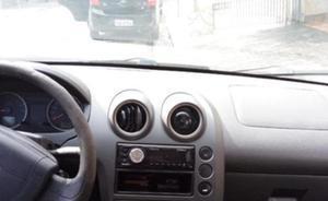 Fiesta sedan 1.6, 2005 flex