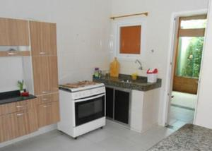 Casa duplex luxo,mobiliada,2 qts,área cchur-fin cef