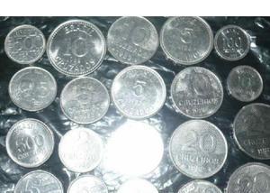 Vendo 10 quilos de moedas antigas diversas r$700 tudo