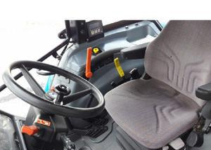 Trator new holland lt100 com todos os acessórios