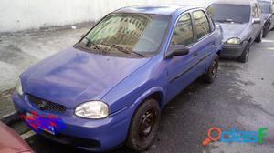 Carro corsa clássico 2001