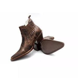 Botina bota country bico fino masculina texana couro amassad 3d7f311749f