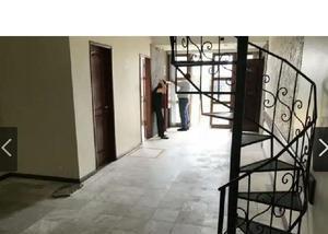 Casa comercial clinica para alugar no adrianópolis manaus.