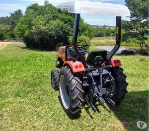 Trator agrale modelo 4118.4 ano 2009