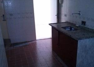 Maria da graça aptº 2 dormitórios dependências garagem