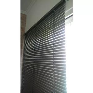 Instalação e assistência técnica de cortinas e persianas