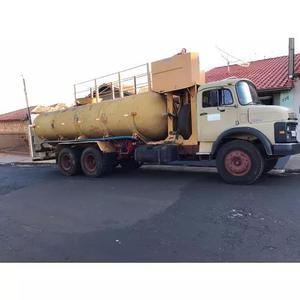 Locação e prestação de serviços de caminhões