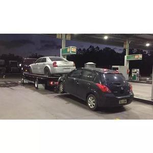 Transporte de veículos cegonha e guinchos