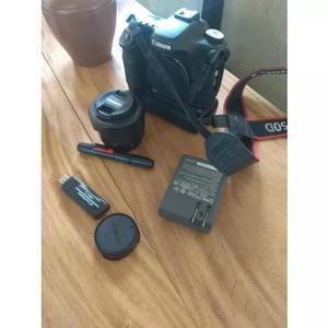 Câmera canon 50d + lente 50mm 1.8 e acessórios