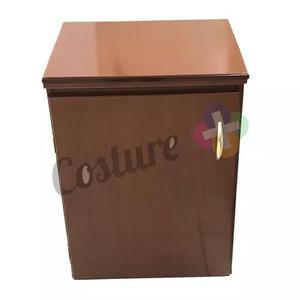 Gabinete para máquina de costura cor mogno