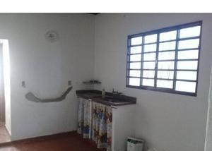 Tatuí sp centro locação casa 1 dormitório res ou coml