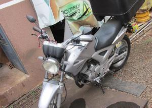Honda cbx em otimo estado de conservação
