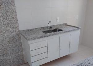 Id:886, casa em condomínio para locação
