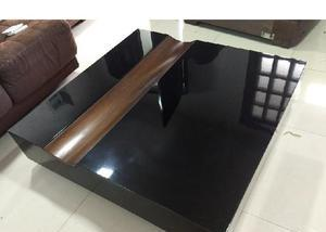 Linda mesa de centro da rio decor
