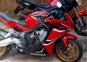 Vendo moto CBR 650R 2016 nova 30.000,00