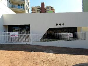 Sala comercial no centro