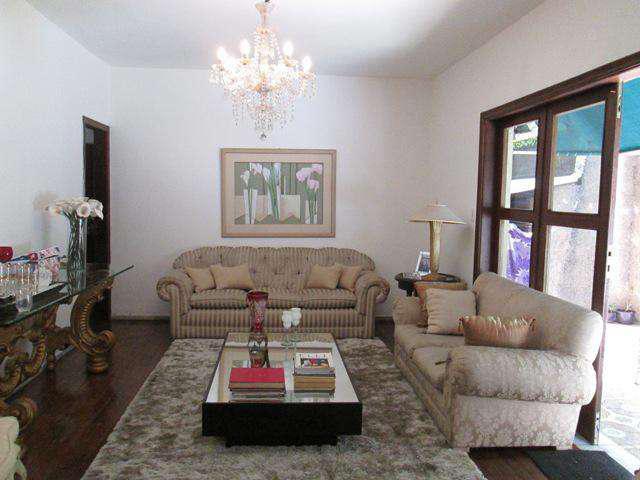 Apartamento, alto barroca, 3 quartos, 4 vagas, 1 suíte