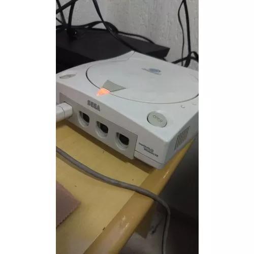 Dreamcast com 1 controle cabos e vmu e jogos paralelos
