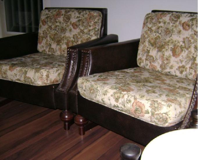 Poltronas antigas móveis cimo- ótimo estado. r$820,00