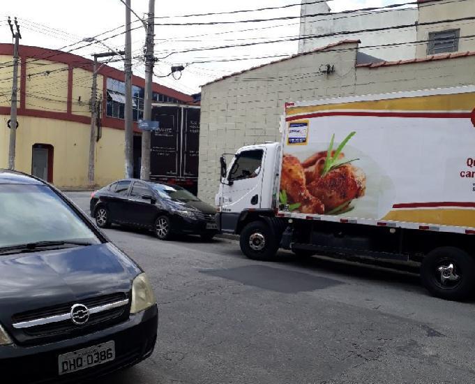Caminhão accelo 1016 bau refrigerado