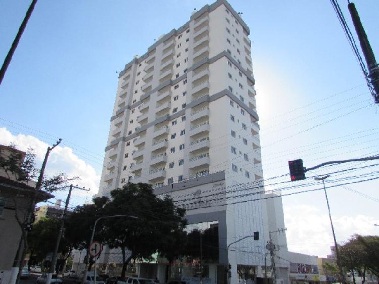 Apartamento no centro para locação