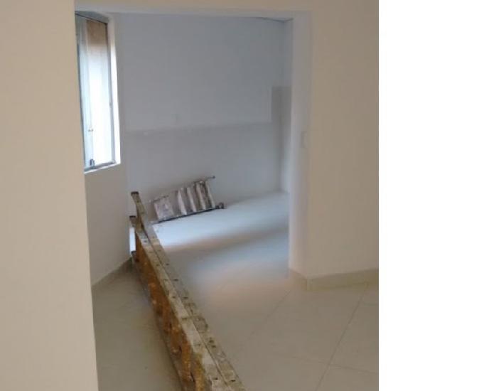 Troco casa por carro + 92m² + 2 quartos + 2 banheiros