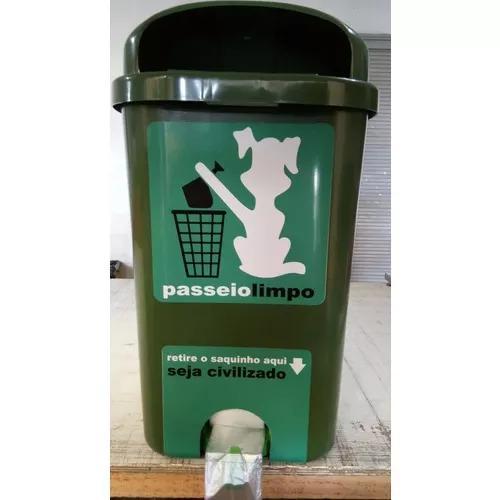 Cata caca - lixeira com sacos para coleta de resíduo animal