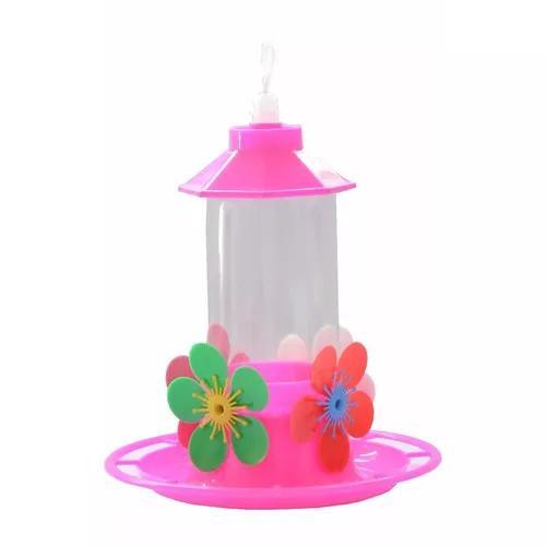 Bebedouro beija flor com bandeja, chapéu e poleiro 4 flores